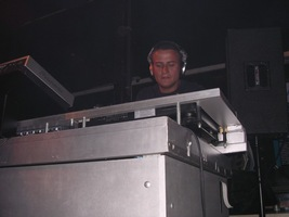 foto Back2school FFWD afterparty, 14 augustus 2004, Tropicana, Rotterdam #109829