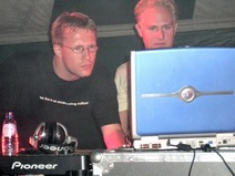 Foto's, Technova Festival, 11 september 2004, Atlantisstrand, Almere