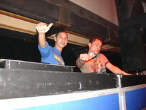 Foto's, The Guardians Birthday Party, 21 januari 2005, Jennifeu & Malibu, Drachten