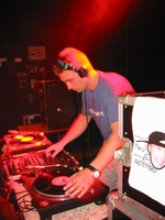 foto Basic Grooves: Acid Attack!, 16 mei 2002, Atak, Enschede #13800