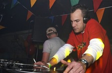 Foto's, Creators of Synergy, 22 april 2005, CityLife Dance & Fun, Reeuwijk