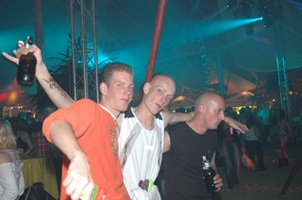 foto Mega Beach Party 2005, 18 juni 2005, Zak, Uelsen #170045