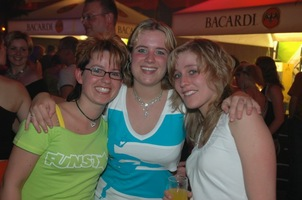 foto Mega Beach Party 2005, 18 juni 2005, Zak, Uelsen #170053