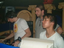 Foto's, Ultimate Bass, 8 juni 2002, Triple XXX, Woerden