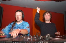 Foto's, Hardliners, 2 december 2005, Kingdom the Venue, Amsterdam
