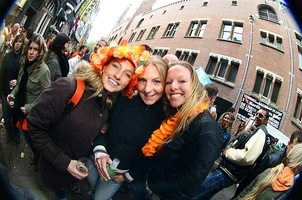 foto I love hardhouse queensday streetrave, 29 april 2006, Frisco Inn, Amsterdam #246445