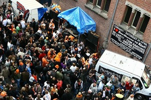 foto I love hardhouse queensday streetrave, 29 april 2006, Frisco Inn, Amsterdam #246460