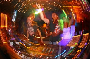 foto D.D.O.D. Meets Hardhouse Revolution, 1 september 2006, Trappist, Amsterdam #274232