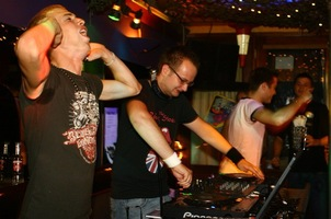 foto D.D.O.D. Meets Hardhouse Revolution, 1 september 2006, Trappist, Amsterdam #274238