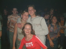 foto Super Marco May & Deepack's Birthday Party, 5 juli 2003, Hemkade, Zaandam #55404