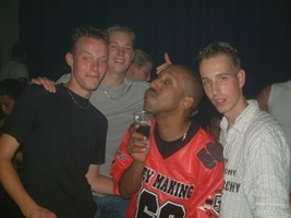 foto Super Marco May & Deepack's Birthday Party, 5 juli 2003, Hemkade, Zaandam #55466