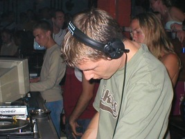 foto FFWD Afterparty, 9 augustus 2003, Ministry of Dance, Rotterdam #58533
