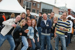 foto Absolutely Queensday, 30 april 2010, Van Heekplein, Enschede #585518