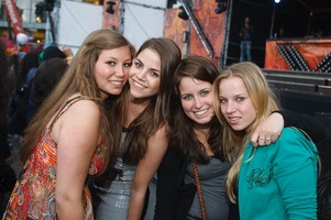 foto Absolutely Queensday, 30 april 2010, Van Heekplein, Enschede #585553