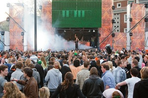 foto Absolutely Queensday, 30 april 2010, Van Heekplein, Enschede #585580