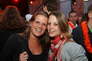 foto Absolutely Queensday, 30 april 2010, Van Heekplein, Enschede #585602
