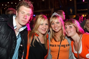 foto Absolutely Queensday, 30 april 2010, Van Heekplein, Enschede #585668