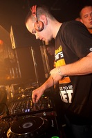 foto Noisecontrollers, 8 mei 2010, Outland, Rotterdam #587820
