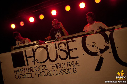 House the 90s DJ Team