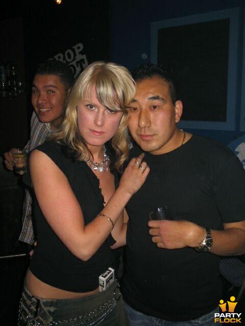 Jonge n strakke pussy