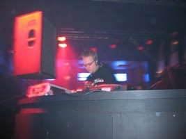 foto Xtra Large, 3 januari 2004, Kingdom the Venue, Amsterdam #78528