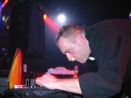foto Xtra Large, 3 januari 2004, Kingdom the Venue, Amsterdam #78559