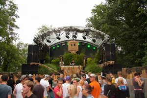 foto The Qontinent, 10 augustus 2013, Puyenbroeck, Wachtebeke #790203