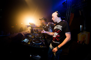 foto Supersized, 6 december 2014, Poppodium 013, Tilburg #856040