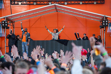Foto's, Kingsday Outdoor 2015, 27 april 2015, Oldehoofsterkerkhof, Leeuwarden