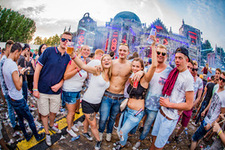 Foto's, The Qontinent, 9 augustus 2015, Puyenbroeck, Wachtebeke