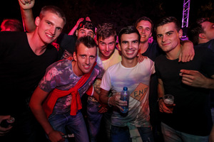 photo Q-BASE, 12 September 2015, Airport Weeze, Weeze #883628