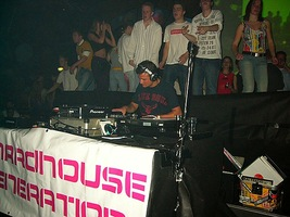 foto Hardhouse Generation, 8 april 2004, The Challenge, Hoofddorp #91183