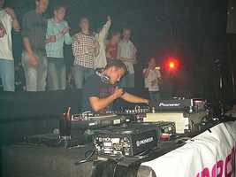 foto Hardhouse Generation, 8 april 2004, The Challenge, Hoofddorp #91266