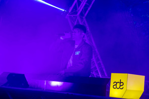 foto Frontliner Neon Showcase, 21 oktober 2017, World Fashion Centre, Amsterdam #927756