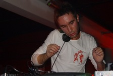 Foto's, Xtra Large, 29 april 2004, Kingdom the Venue, Amsterdam